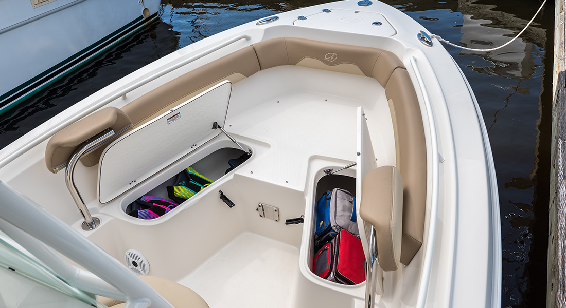 220 Center Console - View of Bow Storage Lockers Open