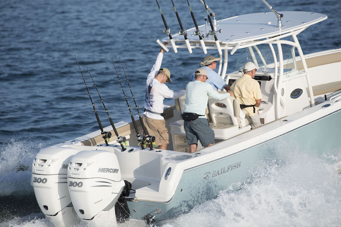 Center Console Boat from Sailfish Boats