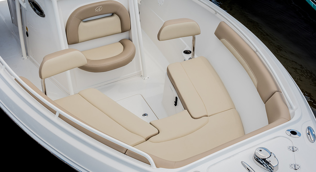 242 Center Console - Bow With Cushion Bottoms and Forward Facing Backrests