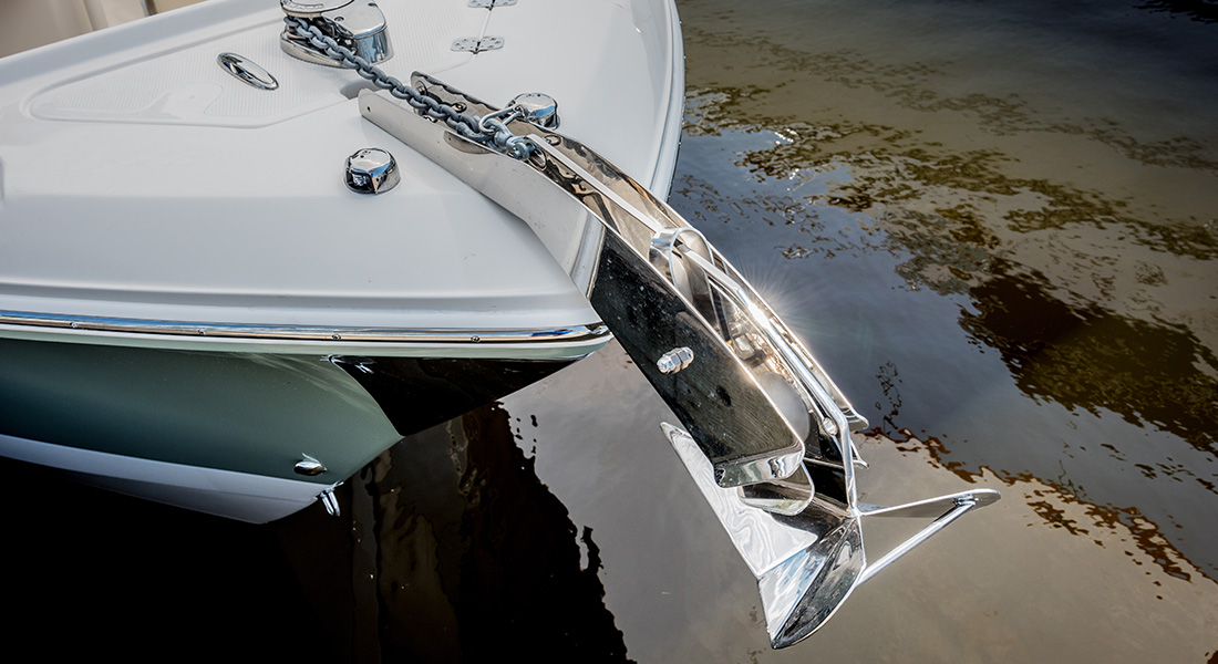 242 Center Console - Windlass and Bow Roller